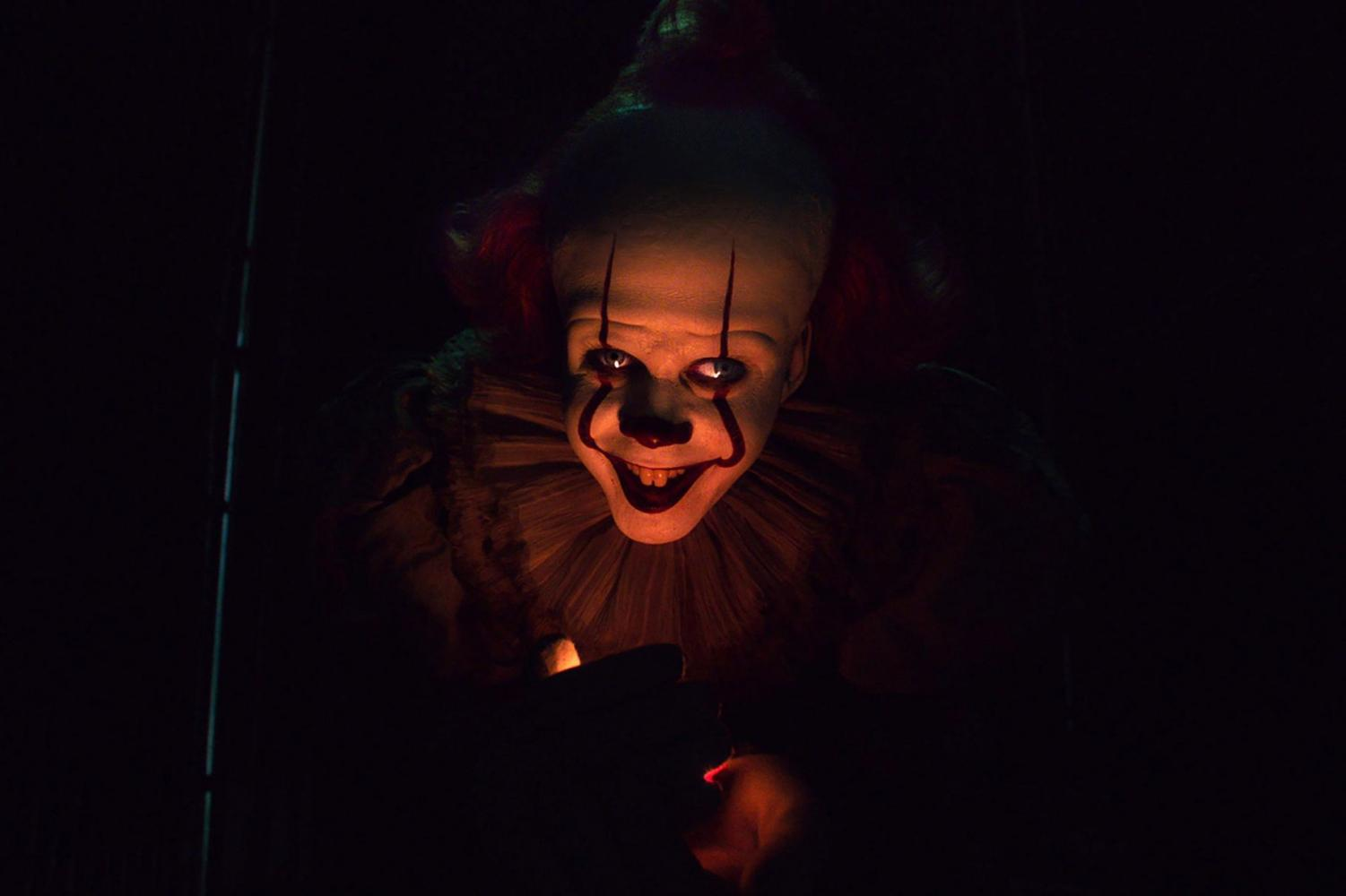 Pennywise the Clown lures in unsuspecting victims in IT: Chapter Two