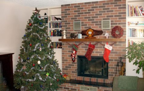 """When is it """"the right time"""" to decorate for Christmas?"""