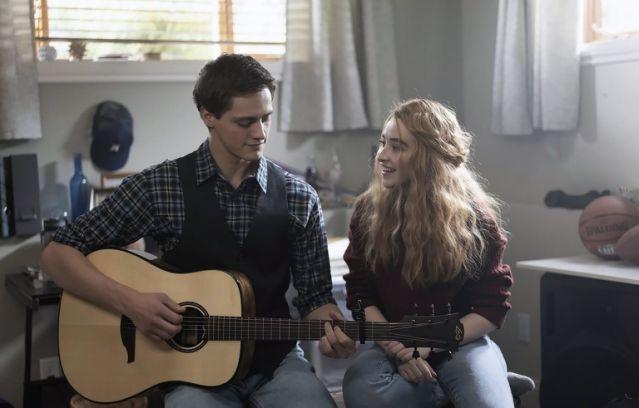 Picture of Zach Sobiech (Fin Argus) and Sammy (Sabrina Carpenter).